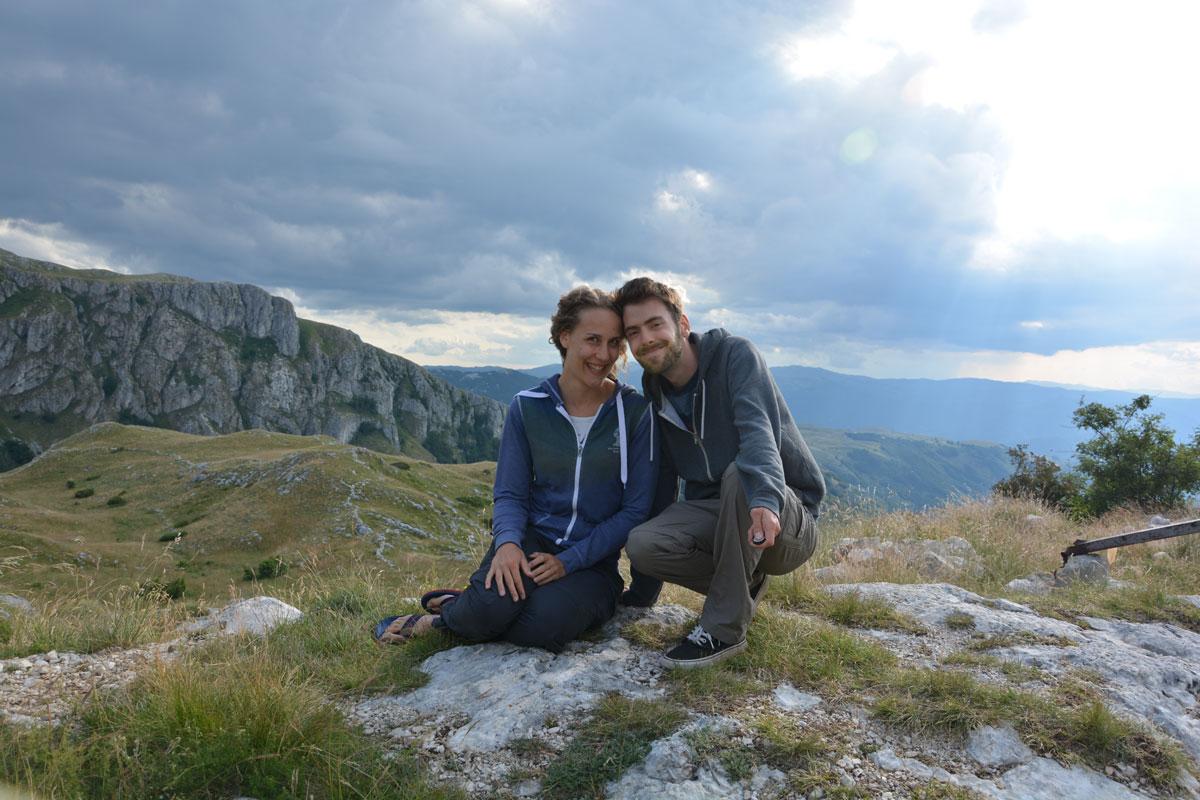 , BMW 5er Touring mit Dachzelt: Dilara und Stefan lieben es spontan