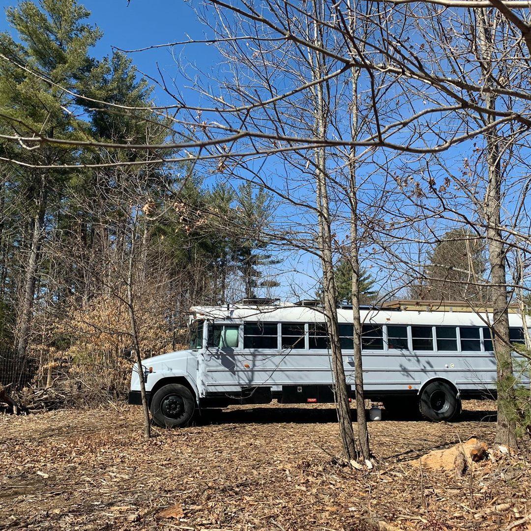 Schulbus selbst ausbauen, Leben im Schulbus: Raus aus New York und einfach mal aussteigen