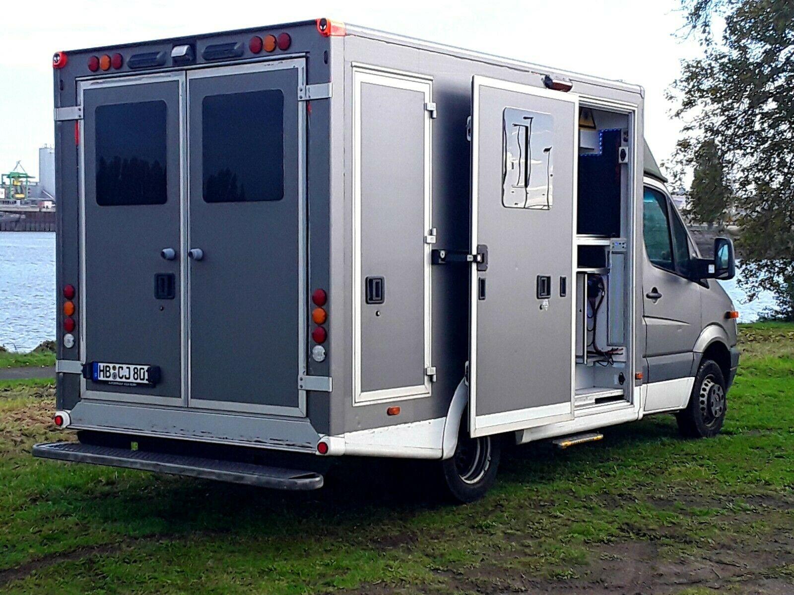 Mercedes Sprinter DIY Camper