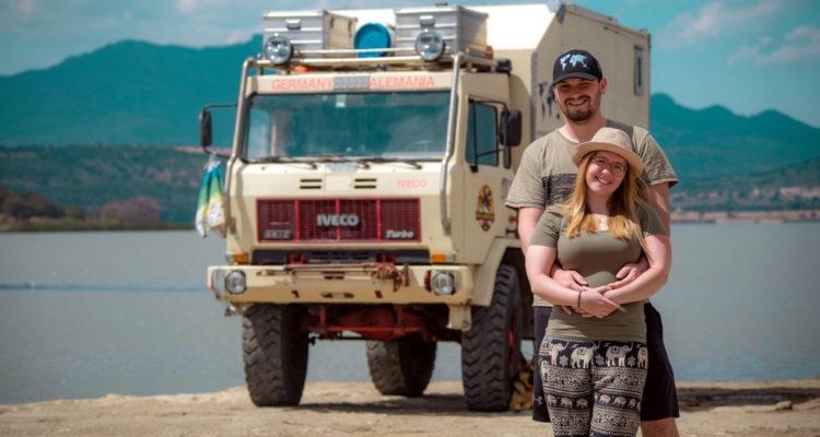Expeditionsmobil Panamericana, Buddies stellen sich vor: Steffi, Karsten und ihr Expeditionsmobil Dino